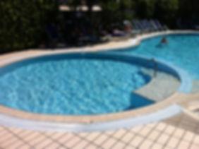 acqua piscina cristallina con quantum freebioenergy