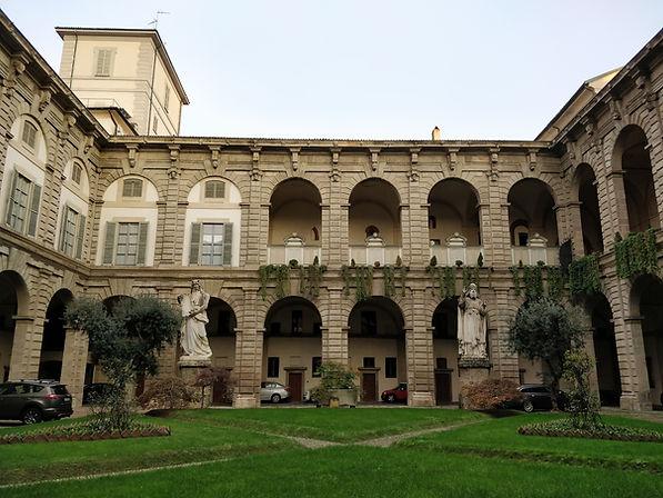 palazzo arcivescovile 2 web.jpg