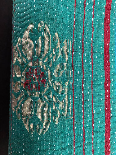 Exquisite Vintage Quilt - Turquoise with Medallions
