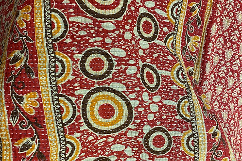 Exquisite Vintage Quilt - Red Allover White/Gold Prints