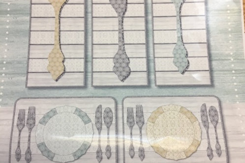 Buon Appetito Placemats and Wall Hanging Kit
