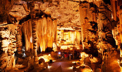 Cango-Caves1.jpg