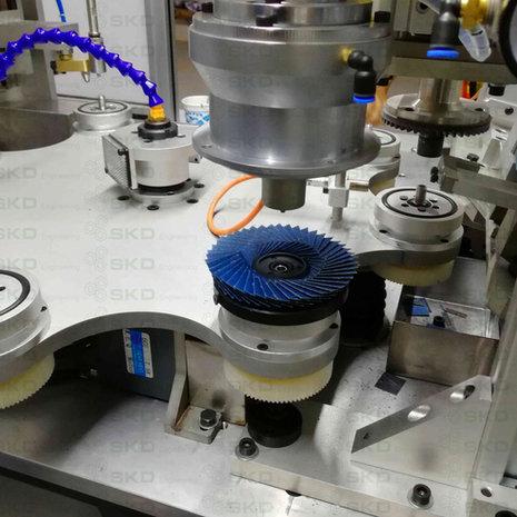 SKD Flexible Flap Disc Machine-Press Disc Station