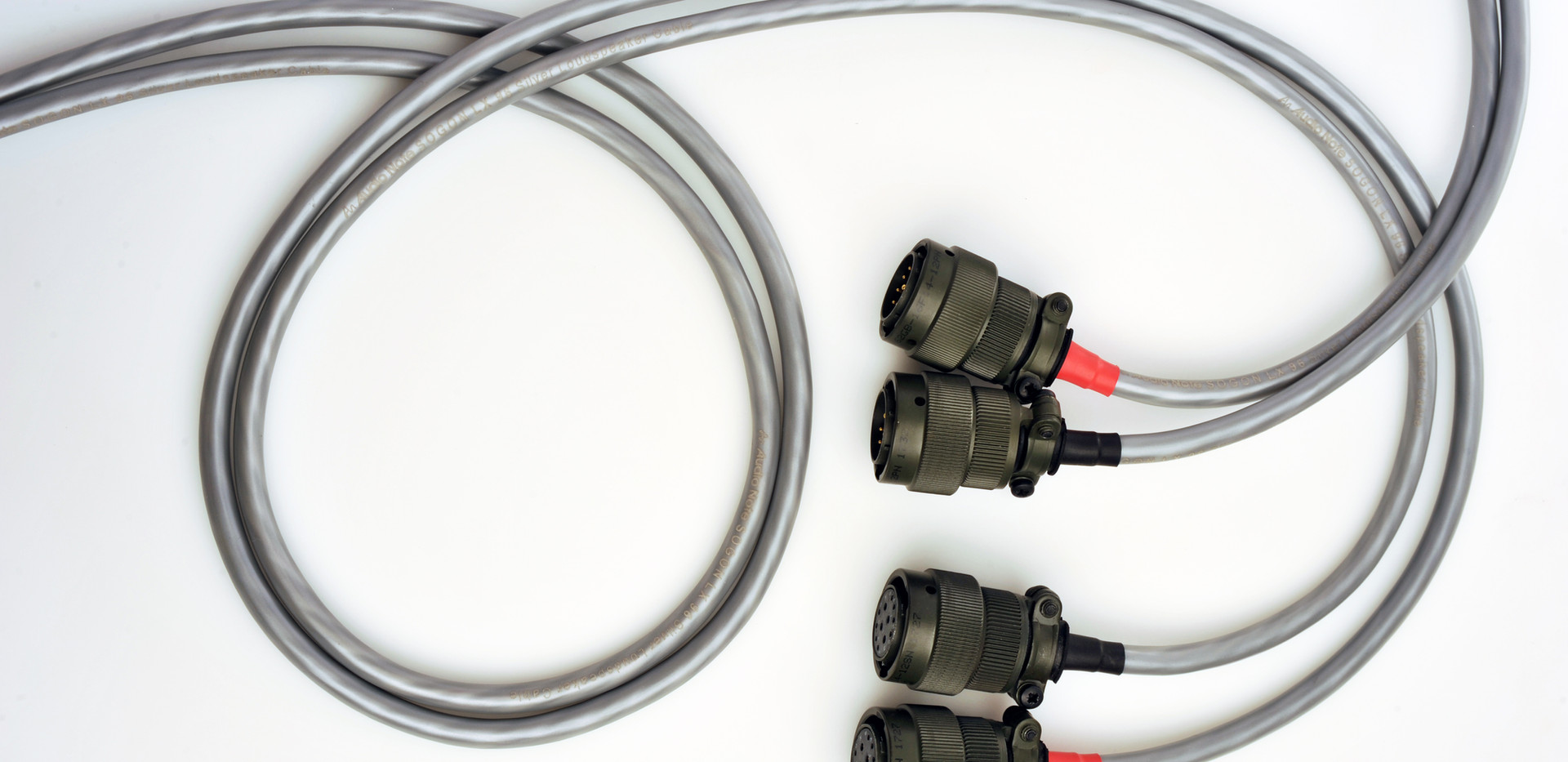 M9 RIAA Sig cables 1 edit 1.jpg