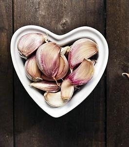 fresh-garlic-1502830797-3220957.jpeg