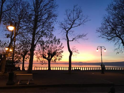 lago promenade.jpg