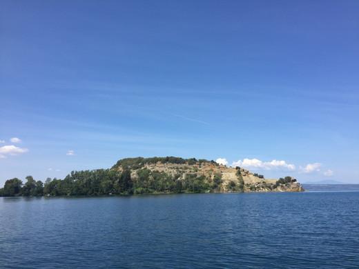 isola Martana.JPG