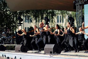 energy dancers bild.jpg