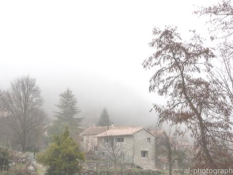 L'Ardèche sous le brouillard