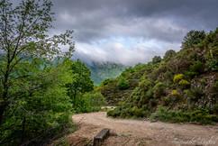 Sentier sur les hauteurs de Cautet