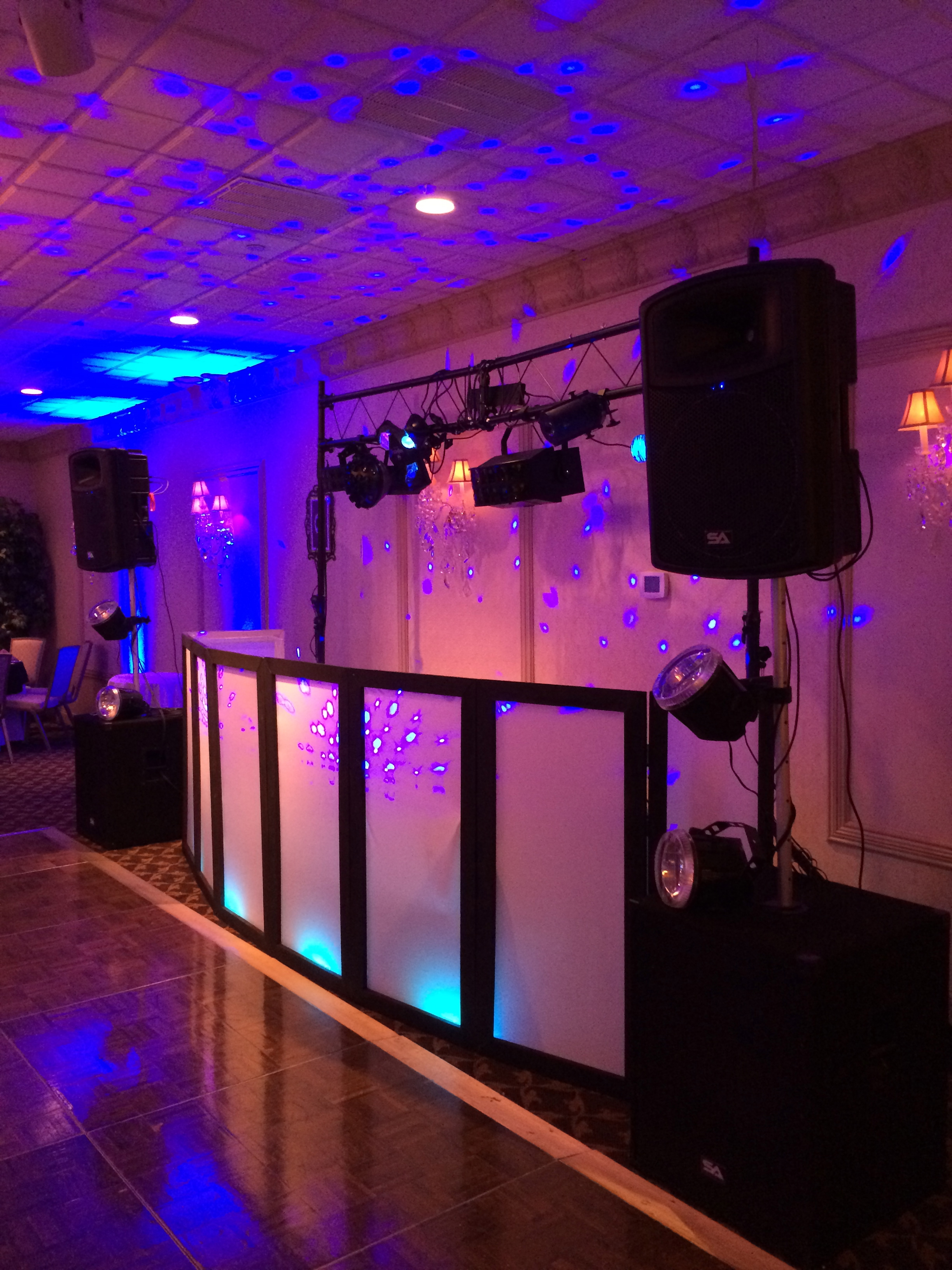 DJ Booth Trance Package w/Uplighting