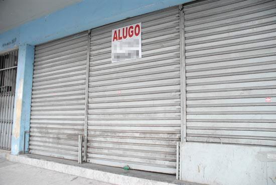 Lojas fechadas / Comércio em falência.