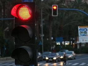 Un semáforo fijará el nivel de riesgo de los productos financieros