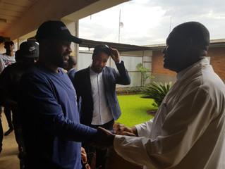 Fally Ipupa en visite à l'hôpital de Panzi