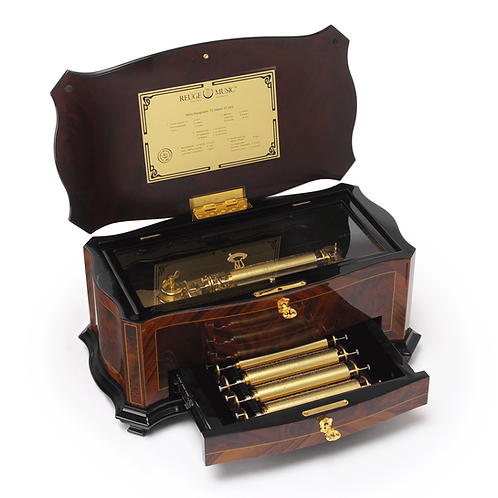 Reuge Dolce Vita Music Box, 15 melodies 72 blades, Open lid