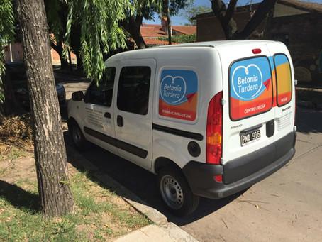 Adquirimos un nuevo vehículo institucional
