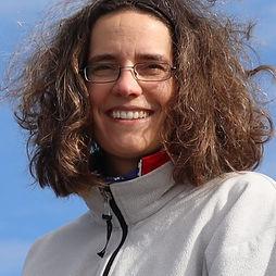 Bianca Herrlich ist die Mutter von Valentino Herrlich und kümmert sich um das Catering und das Fitnesstraining von Valentino.
