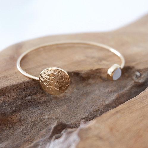 Bracelet jonc pièce martelée pierre de lune
