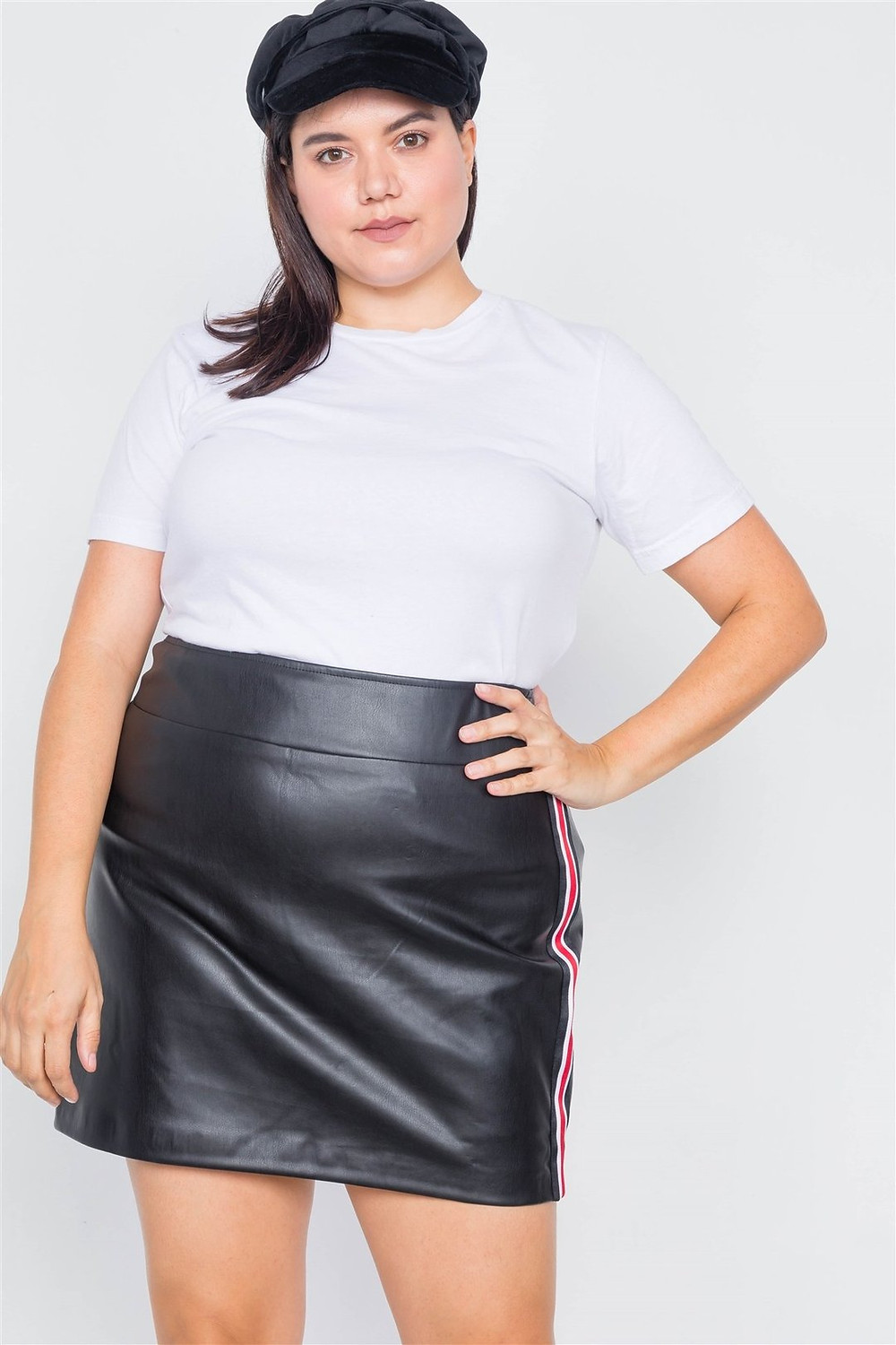 https://www.chivane-store.com/collections/plus-size-bottoms/products/tsh2-pd16403-id-40020
