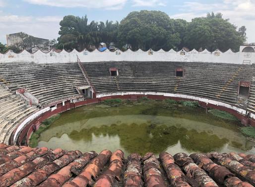 En la Plaza de Toros de Palmira, los espectadores son los zancudos