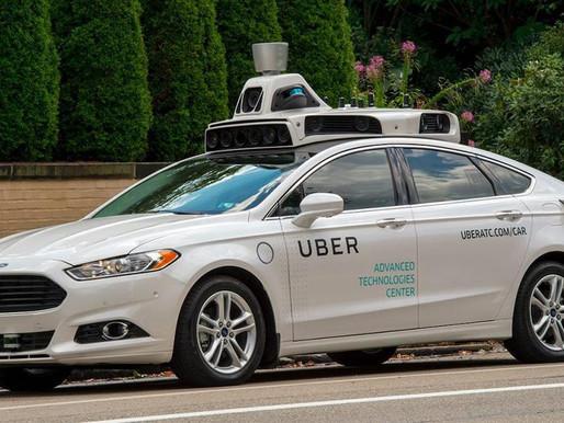 Suspenderán licencias de conducción por 25 años a quienes manejen Uber