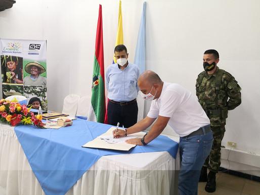 Alcaldes de Tuluá y Sevilla firman convenios  para proteger los páramos en su territorio