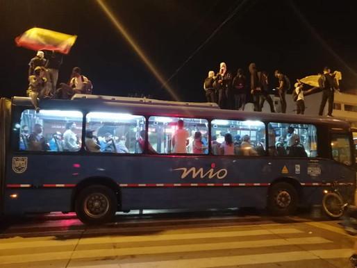 Disturbios en el Parque de las Banderas por asesinato de un abogado en Bogotá a manos de la policía