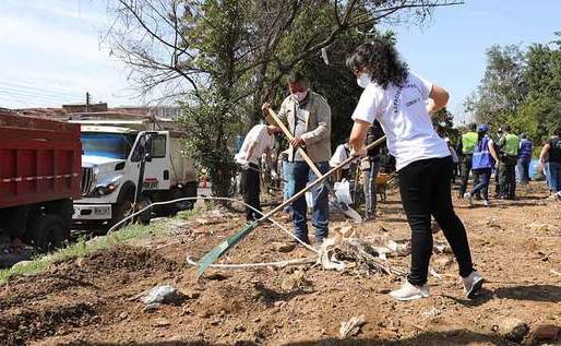 Alcaldía intervino un amplio sector de Santa Elena