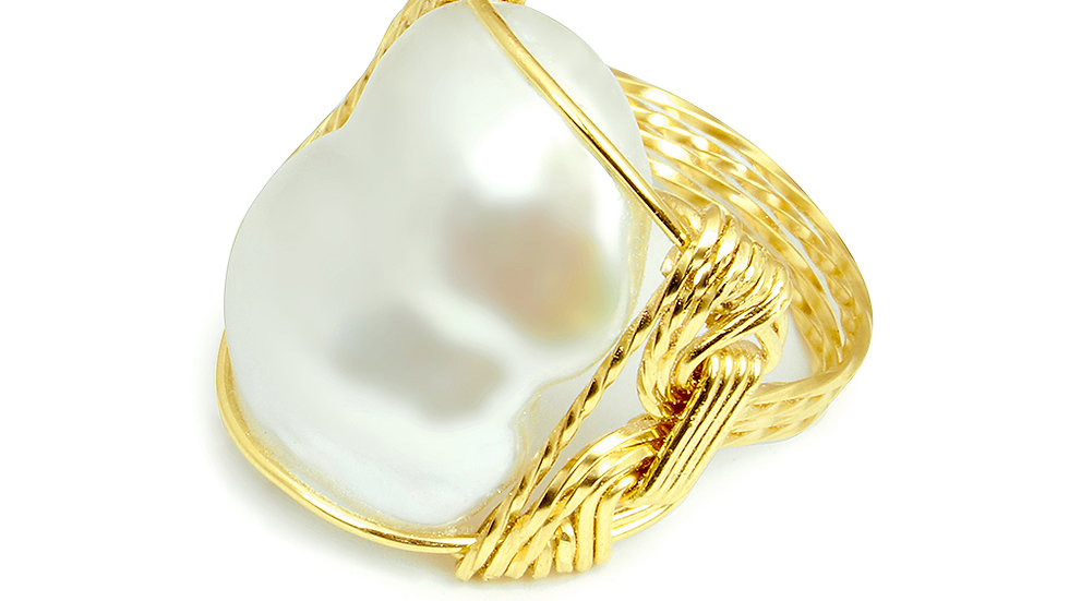 Wired Baroque Pearl rings