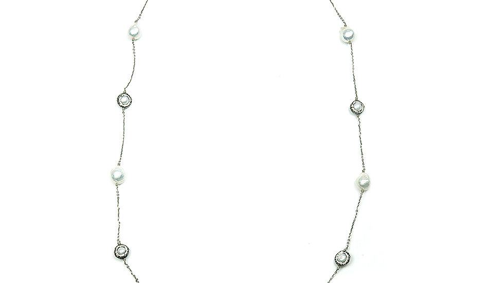 South Sea pearl necklace with crystal details and silver chain
