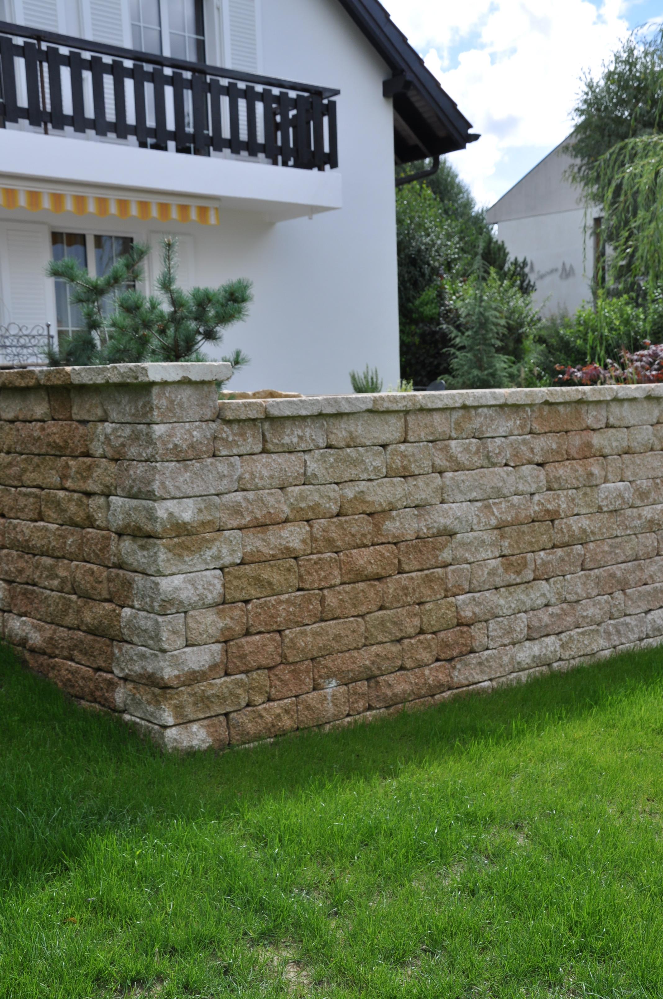 jardin_,_terrasse_bois.epalinge.barrière_075