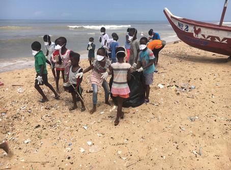 Let's keep our beach clean!