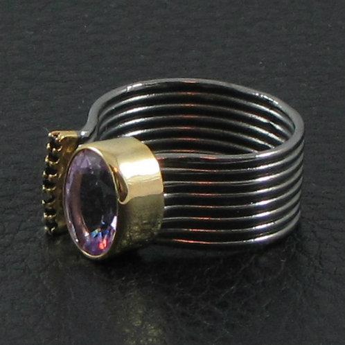 Кольцо разомкнутое с аметистом