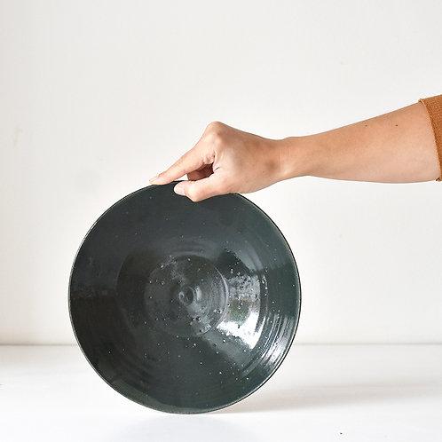 medium flat bowl