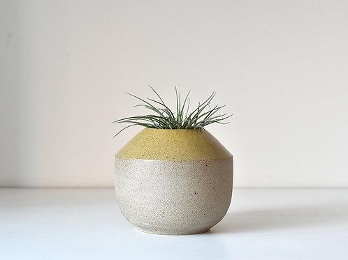 Medium fat vase