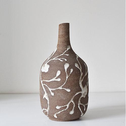 Big vase underwater flora