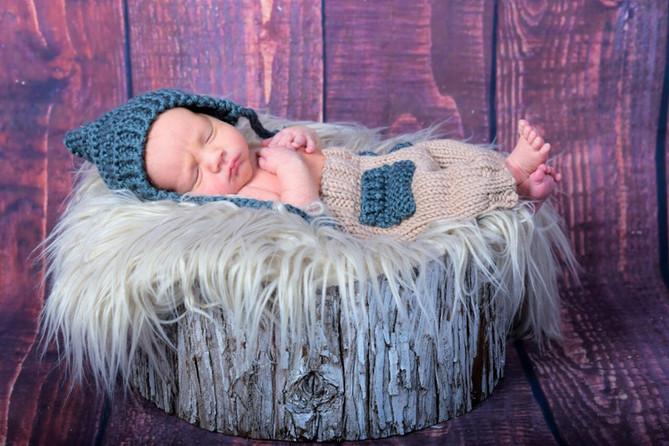 TORONTO PHOTOGRAPHER | Newborn  Kayla's baby