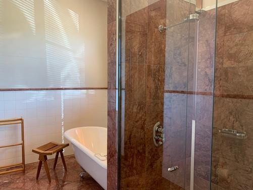 Edols Ensuite Bathroom