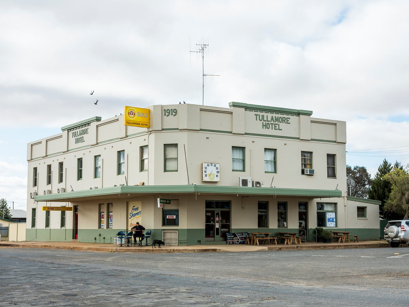 The Tullamore Hotel