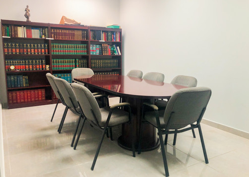 La Rambla Plaza office area