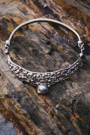 Pearl and Silver Collar