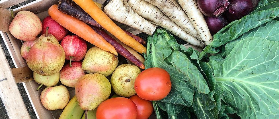 Roots Organic Fruit & Veg Box