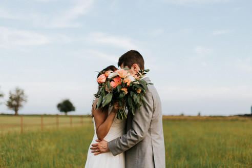 Weddings by Banks - Steel Barn in Talala, Oklahoma