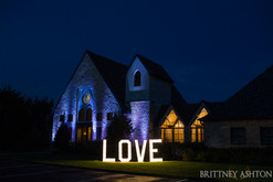 Weddings at vesica piscis chapel in Tulsa