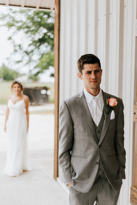 First look at wedding outside at the Steel Barn in Talala, Oklahoma!