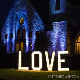 Banks Entertainment | Vesica Piscis Chapel | Tulsa wedding