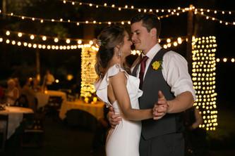 Bride & Groom enjoying thier first dance at Skelly Lodge wedding venue in Tulsa