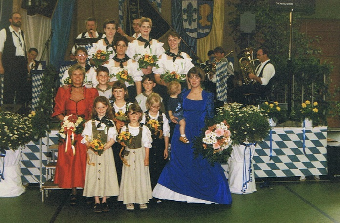 Fahnenweihe 1999 (150).jpg