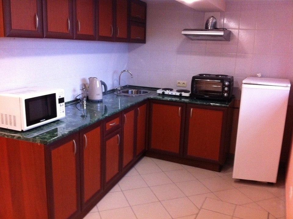 Кухня, новая техника, теплые полы