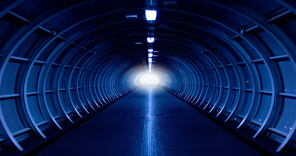 Self-Driving Car Tunnels 3D Roads